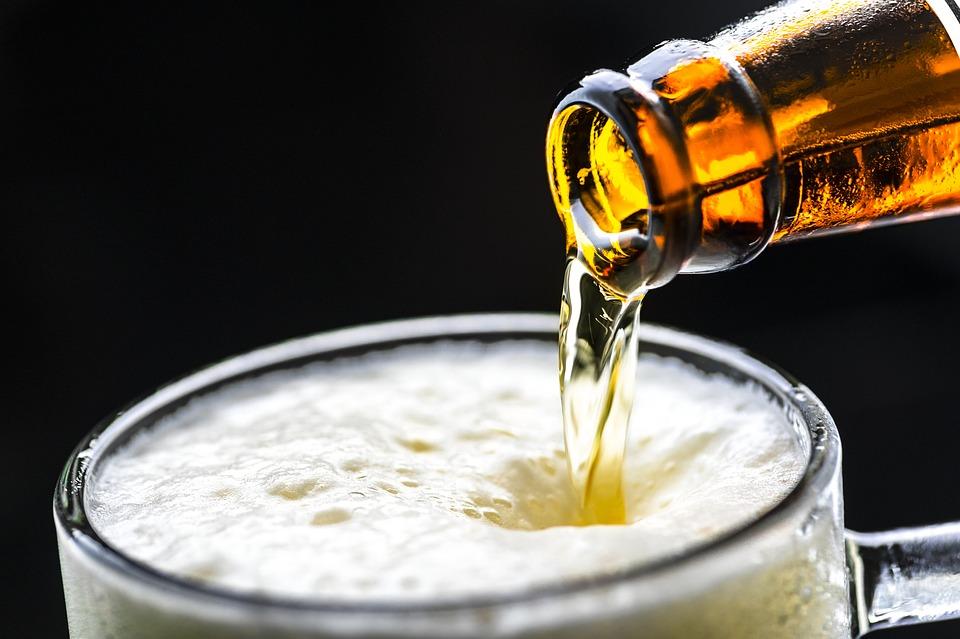 Bia nhập khẩu Hà Nội, TpHCM, Đà Nẵng Khuyến Mãi